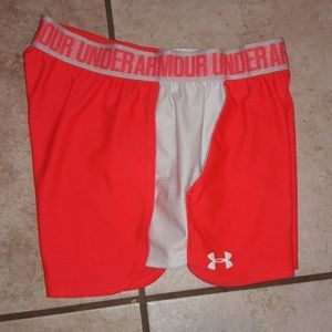 Womens sz S Under Armour athletic shorts